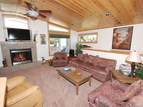 Lassen Drive Holiday home Photo