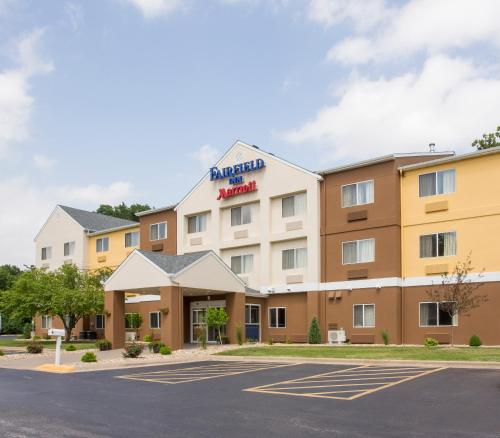 Fairfield Inn & Suites by Marriott Quincy Photo