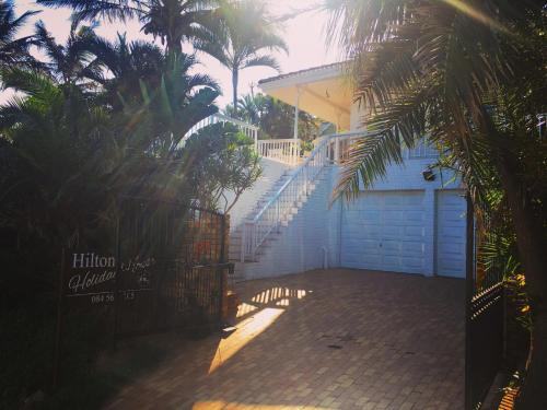 Hilton Holiday House Photo
