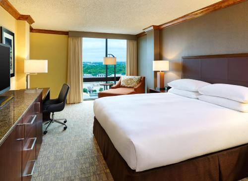 Hilton San Antonio Airport Photo