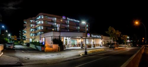 Best Western Village Park Inn Photo