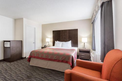 Ramada Monterey Photo
