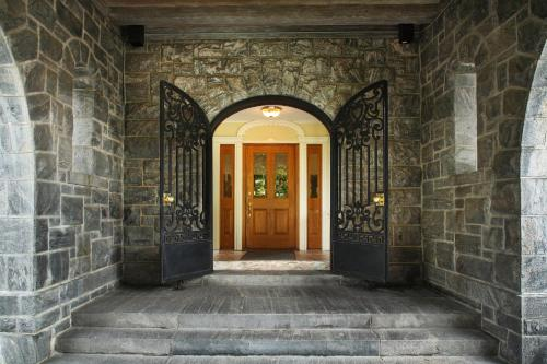 Tarrytown House Estate on the Hudson Photo