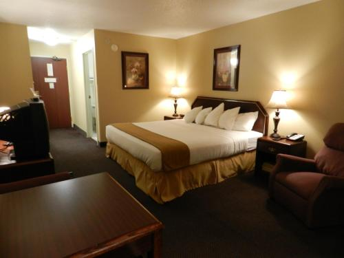 Luxury Inn & Suites Troy Photo