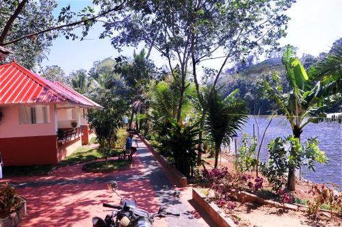 Kandamath Heritage Resort
