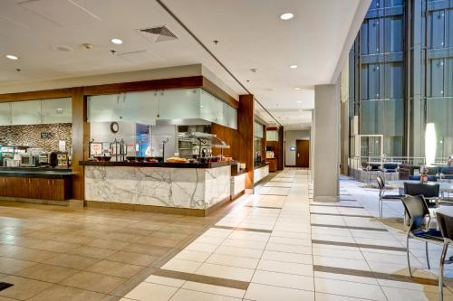 Embassy Suites Chicago - Downtown photo 51