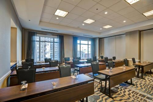 Hilton Garden Inn Chicago Downtown/Magnificent Mile photo 53
