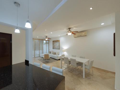 Haab 104 by Happy Address Photo