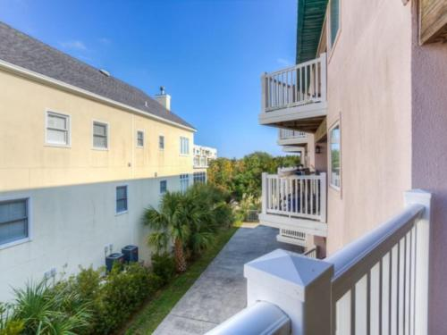 Shipwatch 207 Apartment, Saint Simons Island