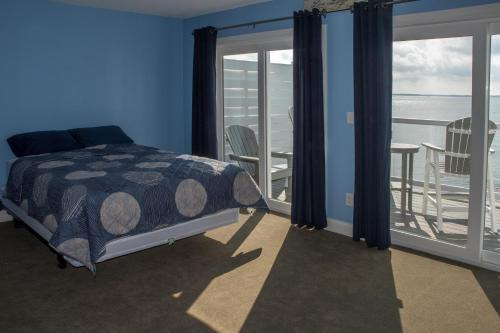 Put-in-Bay Waterfront Condo #203 Photo