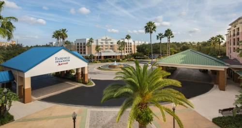 Fairfield Inn & Suites by Marriott Orlando Lake Buena Vista in the Marriott Village Photo