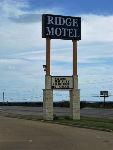 Ridge Motel Photo