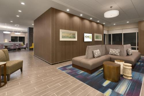 Home2 Suites by Hilton Greenville Downtown Photo