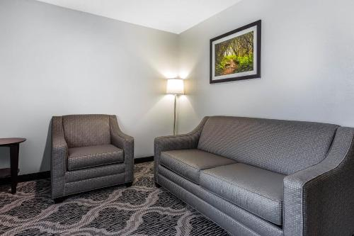 Quality Suites Pineville - Charlotte Photo