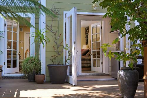 Noe's Nest Bed and Breakfast - San Francisco, CA 94110