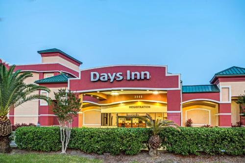 Days Inn Orlando Near Millenia Mall Photo