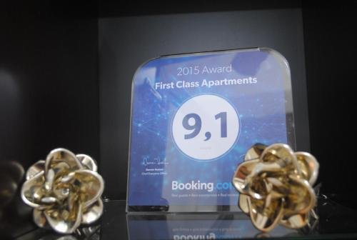First Class Apartments Photo