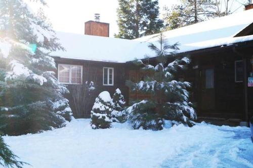 Lamb Family Cabin by Big Bear Cool Cabins - Big Bear Lake, CA 92315