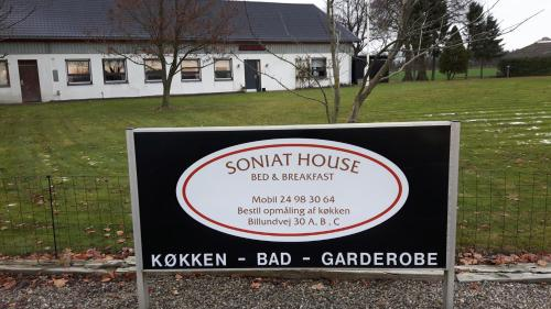 Soniat House