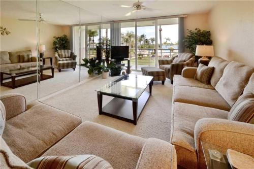Bahia Vista - Two Bedroom Condo - 11-237