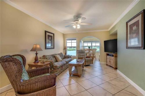 Barefoot Beach Condo - Two Bedroom Condo