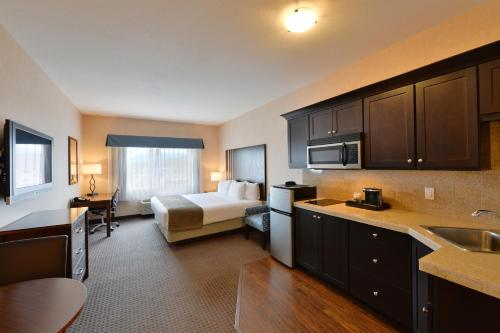 Best Western Cranbrook Hotel Photo