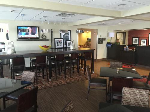 Hampton Inn Uniontown in Uniontown