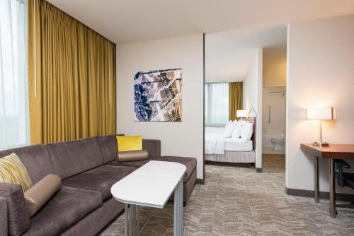 SpringHill Suites Chicago O'Hare Photo