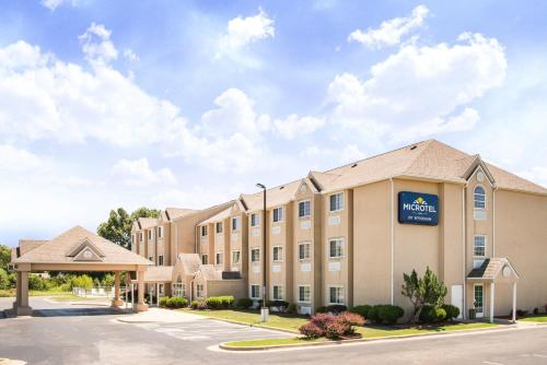 Microtel Inn & Suites Claremore Photo