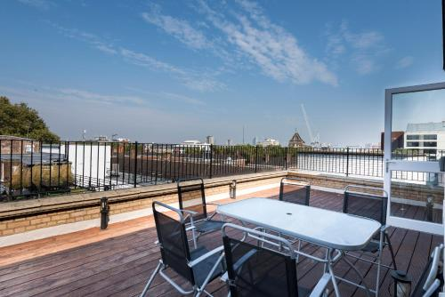 Hotel Fantasticstay High Holborn Suites Penthouse thumb-2