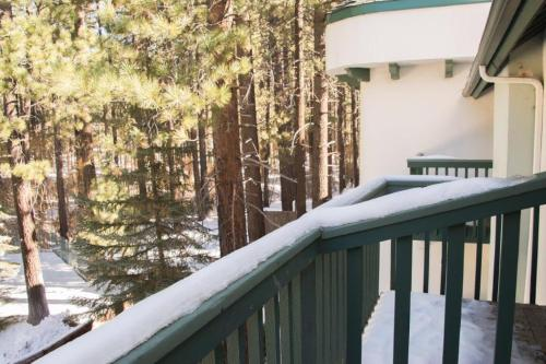 Best Western- Big Bear Chateau Photo