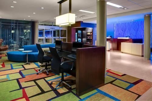 Fairfield Inn & Suites by Marriott Douglas Photo