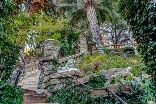 The Houdini Estate - Los Angeles, CA 90046