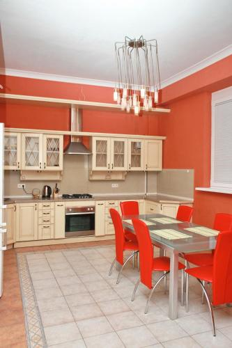 Hotel Leonix Apartment In The Heart Of Lviv