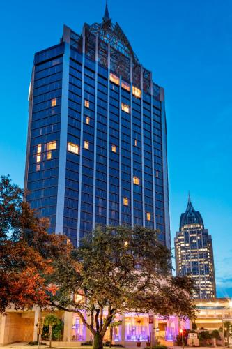 Picture of Renaissance Mobile Riverview Plaza Hotel