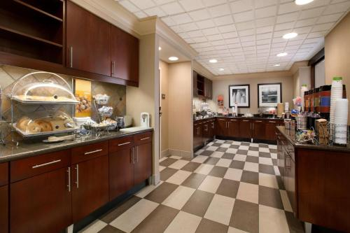 Hampton Inn And Suites San Marcos - San Marcos, TX 78666