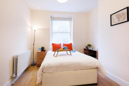 The Earls Court Townhouse photo 6