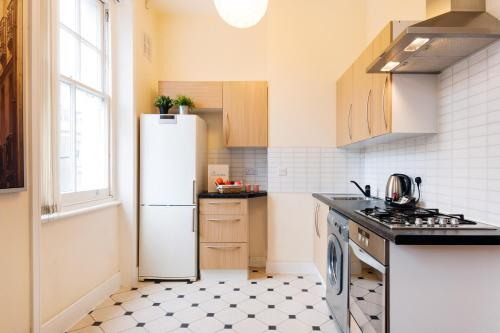 The Earls Court Townhouse photo 15