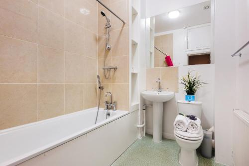 The Earls Court Townhouse photo 16