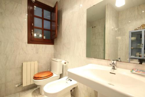 Charming Aparment In Sitges Center photo 6