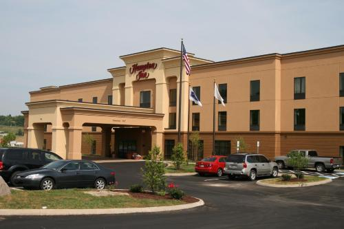 Hampton Inn Dandridge Photo