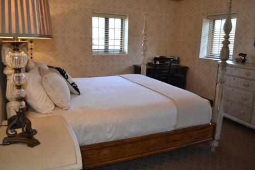 The Beaumont Inn Photo