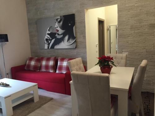 Hotel Apartment Sole 2