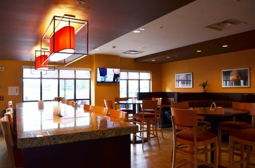 TownePlace Suites by Marriott Harrisburg West/Mechanicsburg Photo