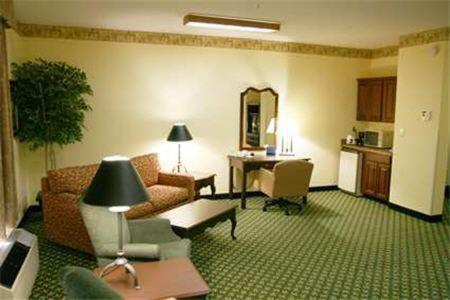 Hampton Inn Shelbyville - Shelbyville, IN 46176