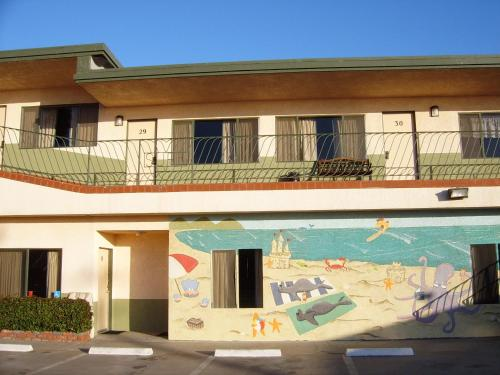 Motel 6 Pismo Beach - Pacific Ocean Photo