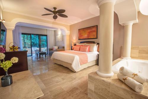 Grand Palladium White Sand Resort & Spa - All Inclusive Photo