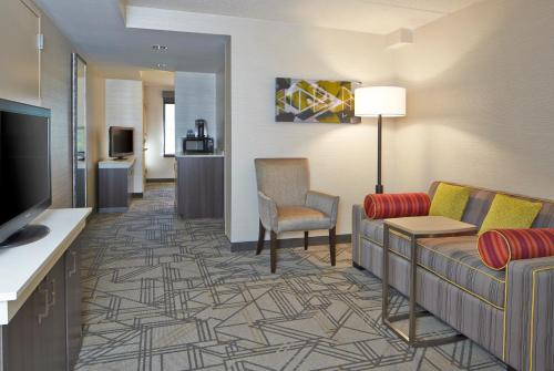 Hilton Garden Inn Scottsdale Old Town Photo