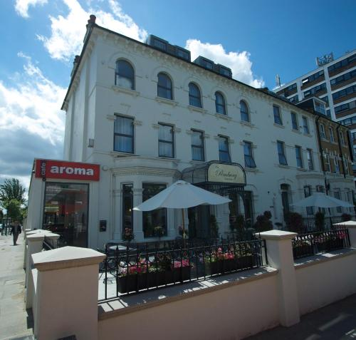 Pembury Hotel photo 1