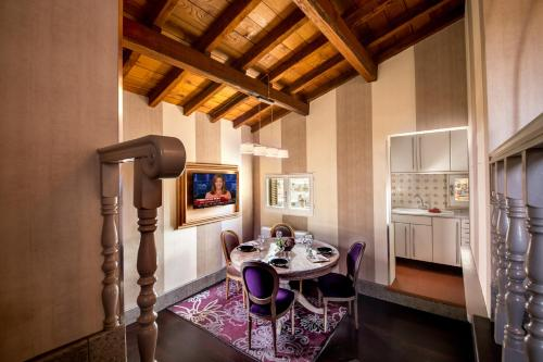 The Inn at the Spanish Steps-Small Luxury Hotels photo 66